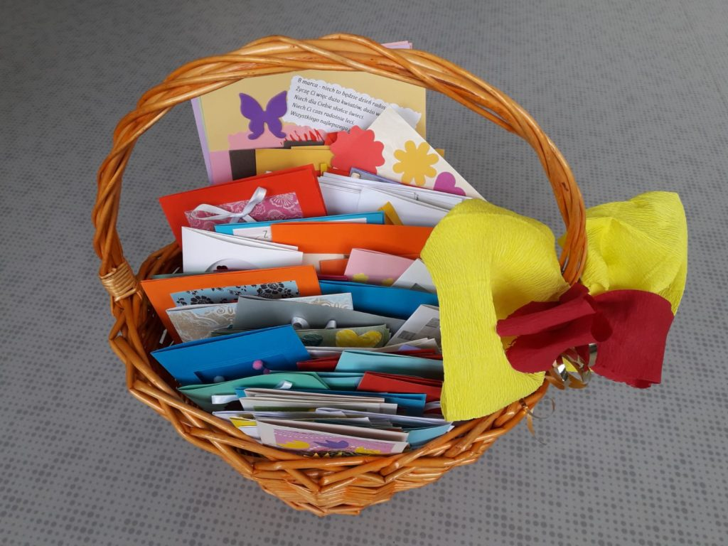 Kartki z okazji Dnia Kobiet dla Pań z MDPS w Rybniku w wykonaniu naszych podopiecznych.
