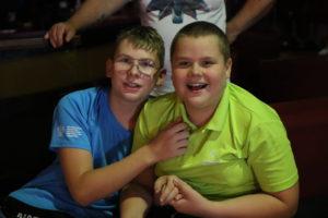 Uczestnicy turnieju bowlingoweg -portret.
