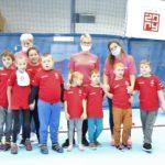Zdjęcie grupowe Młodych SPortowców KOS PROMYK Rybnik podczas Dnia Młodych Sportowców Żory 2021.